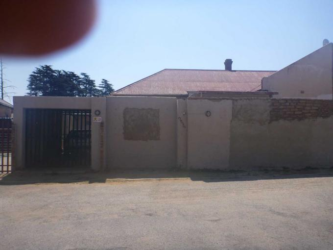 3 Bedroom House For Sale in Krugersdorp - Home Sell - MR117876