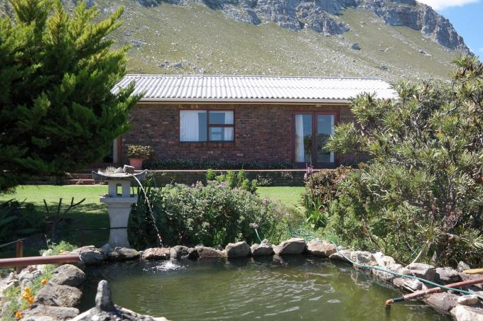 3 Bedroom House For Sale in Bettys Bay - Home Sell - MR117965