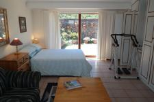 Bed Room 1 - 24 square meters of property in Bettys Bay