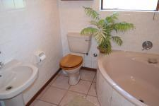 Bathroom 2 - 8 square meters of property in Bettys Bay