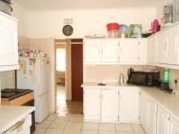 Kitchen - 13 square meters of property in Kibler Park