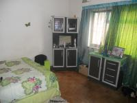 Bed Room 1 - 14 square meters of property in Greenwood Park