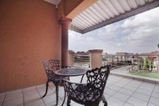 Patio - 58 square meters of property in Willow Acres Estate