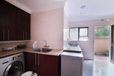 Kitchen - 39 square meters of property in Willow Acres Estate
