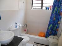 Main Bathroom - 3 square meters