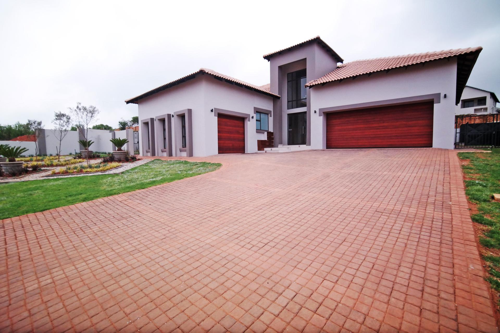 Front View of property in The Wilds Estate