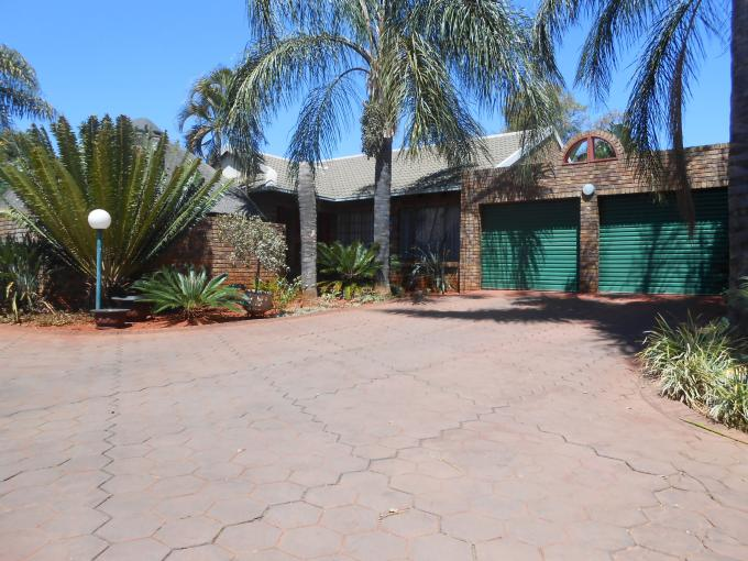 Absa Bank Trust Property 3 Bedroom House For Sale in Magalieskruin - MR118076