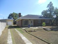 Front View of property in Estcourt