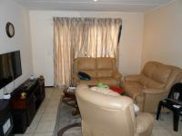 Lounges - 20 square meters of property in Grand Central