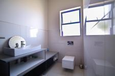 Bathroom 2 - 3 square meters of property in Six Fountains Estate