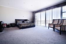 Main Bedroom - 61 square meters of property in Six Fountains Estate