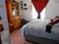 Bed Room 1 - 16 square meters of property in Mayville