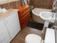 Main Bathroom - 15 square meters of property in Mayville