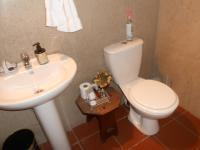 Bathroom 1 of property in Sunninghill