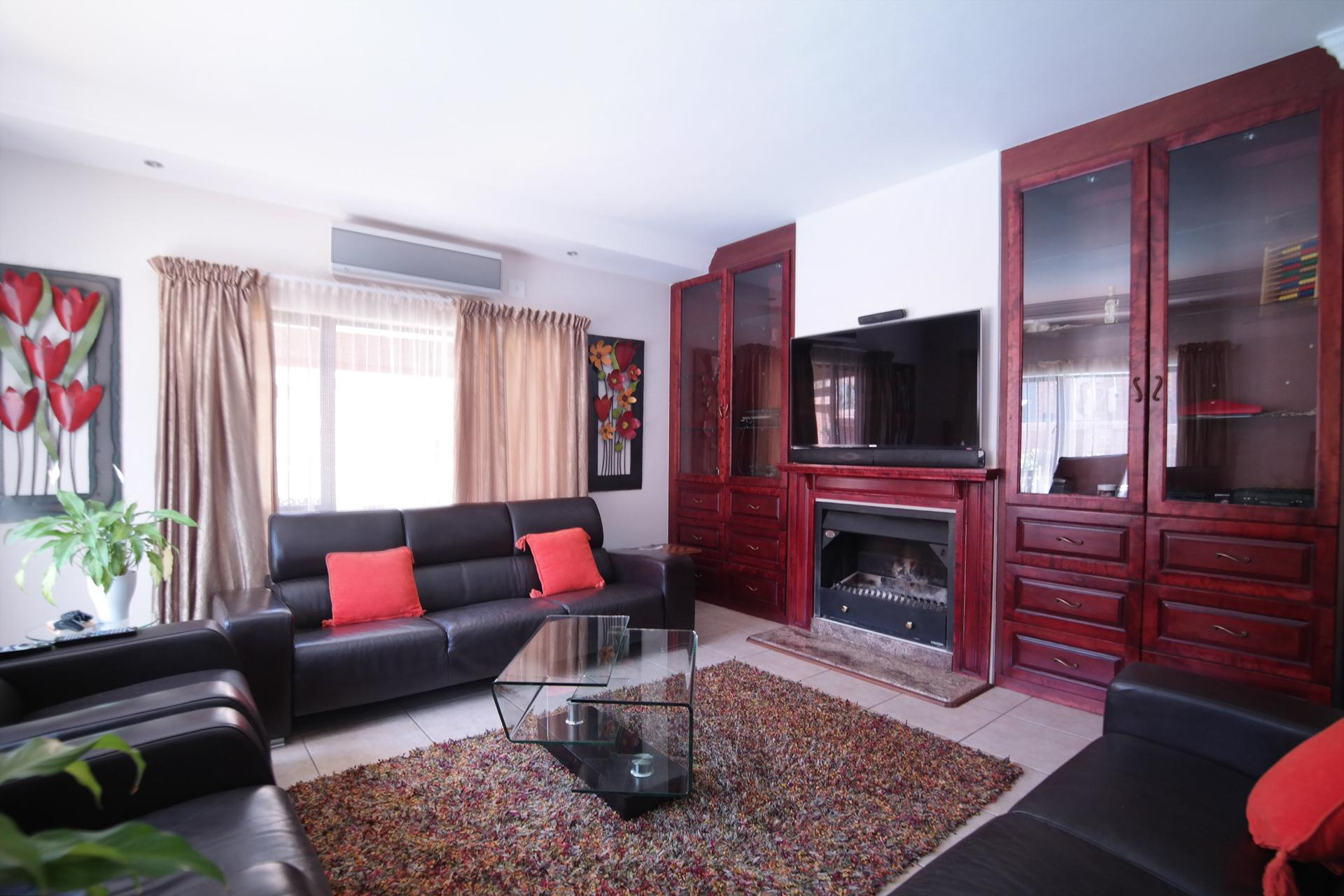 TV Room - 30 square meters of property in Olympus Country Estate