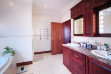 Main Bathroom - 17 square meters of property in Olympus Country Estate