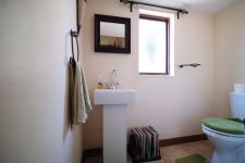 Bathroom 1 - 6 square meters of property in Willow Acres Estate