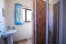 Bathroom 2 - 7 square meters of property in Willow Acres Estate