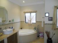 Bathroom 3+ - 13 square meters of property in Ballito