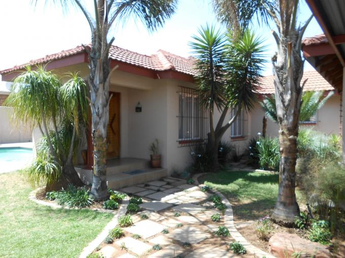 5 Bedroom House for Sale For Sale in Benoni - Home Sell - MR118288