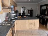 Kitchen - 15 square meters of property in Benoni