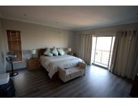 Bed Room 1 - 10 square meters of property in Midstream Estate