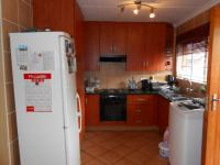 Kitchen - 7 square meters of property in Willow Park Manor