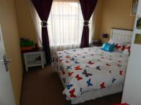Bed Room 1 - 10 square meters of property in Willow Park Manor