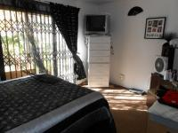 Bed Room 1 - 34 square meters of property in Rensburg