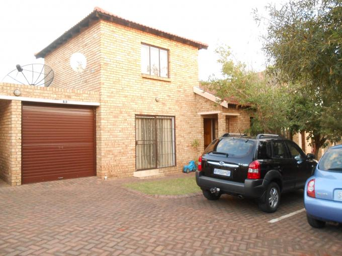 3 Bedroom Duplex for Sale For Sale in Witpoortjie - Private Sale - MR118460