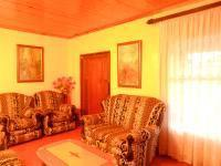 Lounges - 22 square meters of property in Ennerdale