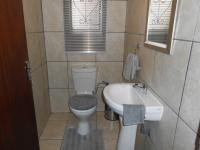 Bathroom 1 - 2 square meters of property in Vanderbijlpark