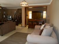 Lounges - 57 square meters of property in Vanderbijlpark