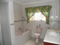 Bathroom 1 - 7 square meters of property in Amanzimtoti