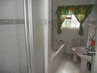 Bathroom 2 - 6 square meters of property in Amanzimtoti