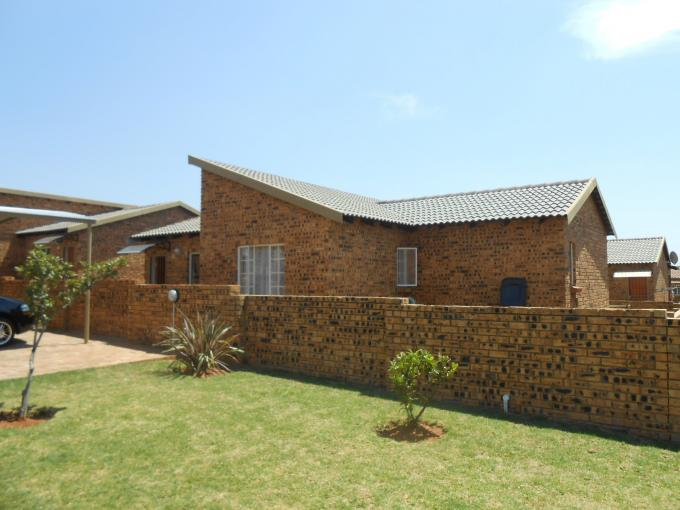 3 Bedroom Sectional Title for Sale For Sale in Noordwyk - Private Sale - MR118633