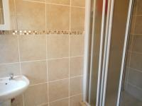 Main Bathroom - 5 square meters of property in Noordwyk