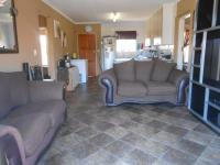 Lounges - 16 square meters of property in Rooihuiskraal North