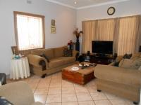 Lounges - 30 square meters of property in Brenthurst
