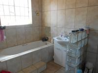 Main Bathroom - 6 square meters of property in Brenthurst