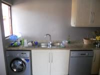 Kitchen - 16 square meters of property in Umhlanga Rocks