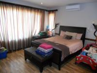 Main Bedroom - 23 square meters of property in Umhlanga Rocks