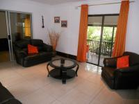 Lounges - 33 square meters of property in Verulam