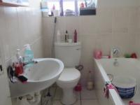 Bathroom 1 - 3 square meters of property in Melkbosstrand