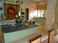 Kitchen - 48 square meters of property in Waterkloof