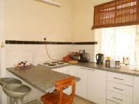 Kitchen - 9 square meters of property in Kenilworth - JHB