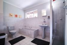 Main Bathroom - 8 square meters of property in Wapadrand