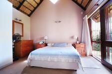 Main Bedroom - 17 square meters of property in Wapadrand