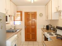 Kitchen - 7 square meters of property in Sundowner