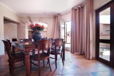 Dining Room - 17 square meters of property in The Wilds Estate
